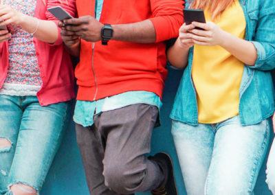 Zeigen wo WAT is–Räumliche Daten mit dem Smartphone herstellen